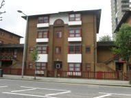 Studio apartment for sale in Bramley Road, London, W10