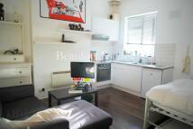 Studio flat in Milman Road, London, NW6