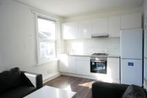 2 bed Flat to rent in Oak Grove, London, NW2