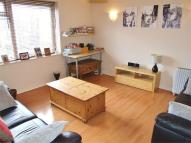 Flat to rent in Tennison Road...