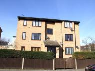 Flat in Doyle Road, SOUTH NORWOOD