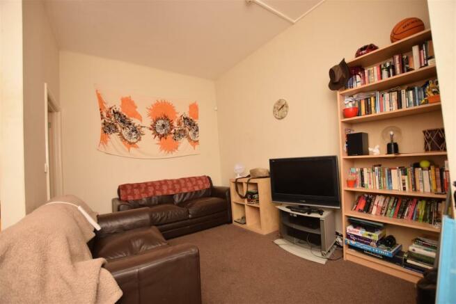Living Room - Flat 1