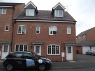 Town House to rent in Barker Round Way...