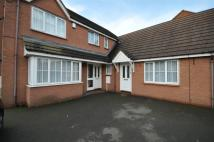 5 bed Detached home to rent in Woodbine Close...