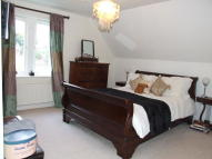 STOKES ROAD Town House to rent