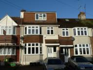 Grove Road Terraced house to rent
