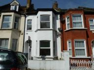 3 bed Terraced property in Floyd Road, Charlton...