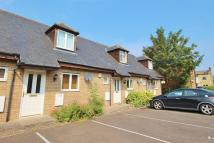 1 bed Terraced house to rent in Queen's Court...