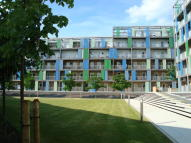 2 bed Apartment to rent in Warren Close