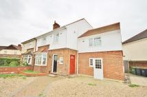 Maisonette to rent in Mowbray Road