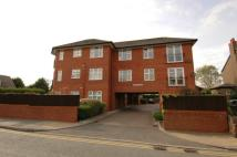2 bed Flat to rent in Downham Road South...