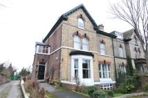 2 bedroom Flat in Devonshire Road, Prenton...