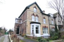 Flat to rent in Devonshire Road, Oxton...