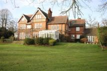 3 bed Apartment to rent in Ponsbourne Manor ...