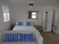 Studio apartment to rent in Castle Street, Hertford...