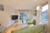 2 bedroom Flat in Achilles Road...