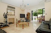 7 bed house in Brondesbury Park...