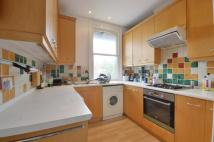 Quex Road Flat to rent