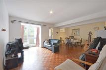 Apartment to rent in Kingdon Road...