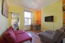 2 bedroom house to rent in Messina Avenue...