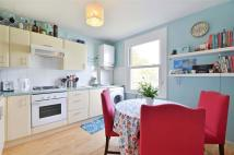 Brenthurst Road Flat to rent