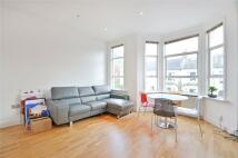 Flat to rent in Burrard Road...