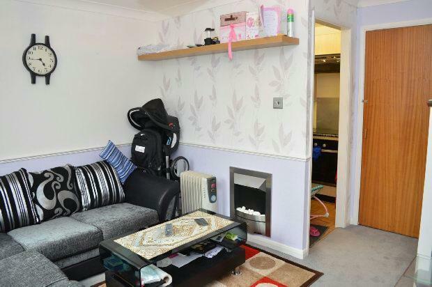 Lounge Extra Photo 2