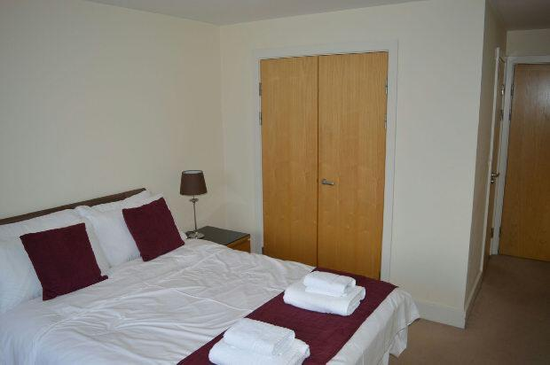 Bedroom 1- Extra pho