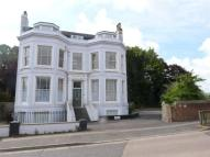 2 bedroom Flat in Mountfield Road, LEWES