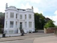 2 bedroom Flat in Mountfield Road, LEWES