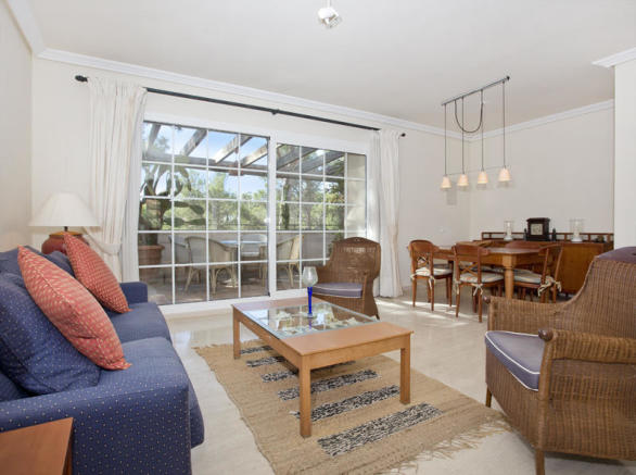Bright penthouse with view of the golf course in Son Vida