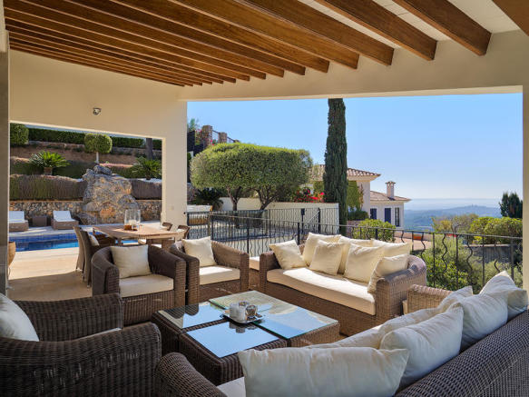Stylish modern villa with sea view in Son Vida
