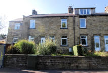 2 bedroom Terraced house in Barnsley Road, Penistone