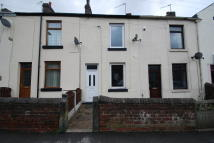 2 bed Terraced home in Sheffield Road, Penistone