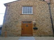 2 bed home to rent in Railway Stables ...