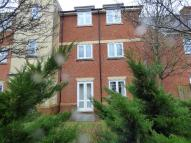 2 bedroom Ground Flat to rent in Little Court, Grove...