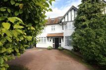 6 bed semi detached home in Edgwarebury Gardens...