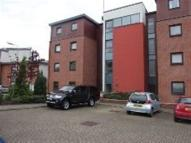Flat to rent in Shuna Crecent Glasgow