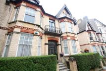 2 bed Apartment to rent in Cambridge Road, Hove, BN3