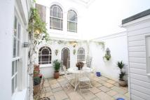 Apartment to rent in Marine Parade, Brighton...