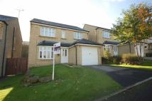 4 bedroom Detached property in Fern Rise, Elland, HX5