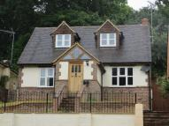 4 bedroom Detached property to rent in Godalming, Surrey, GU7