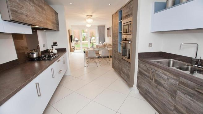 3 bedroom semi detached house for sale in cobblers lane for Kitchen ideas 3 bed semi