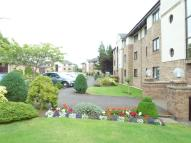 Flat to rent in Ravenscourt...