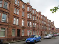 Flat to rent in Eastwood Ave, Shawlands...