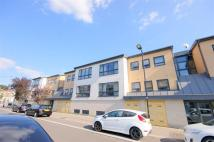 2 bedroom Apartment to rent in Maud Road, London, E10