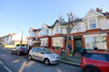 Twickenham Road Terraced property to rent