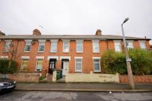 5 bed Terraced home to rent in Coopers Lane, London, E10