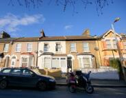 6 bedroom Terraced property in Murchison Road, London...