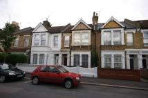 Ground Flat to rent in Northbank Road, London...